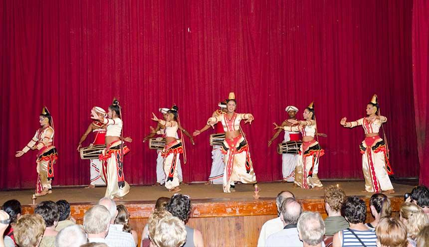 Folk-dances-in-the-local-theater-scene-Kandy-sri-lanka
