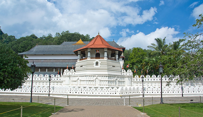 Temple Of The Sacred Tooth Relic, Kandy Sri Lanka
