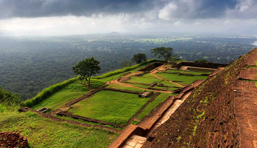 View-from-Sigiriya-Lion-Rock-Fortress-in-Sri-Lanka