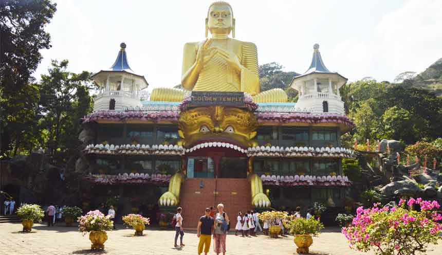 Golden-Temple-of-Dambulla