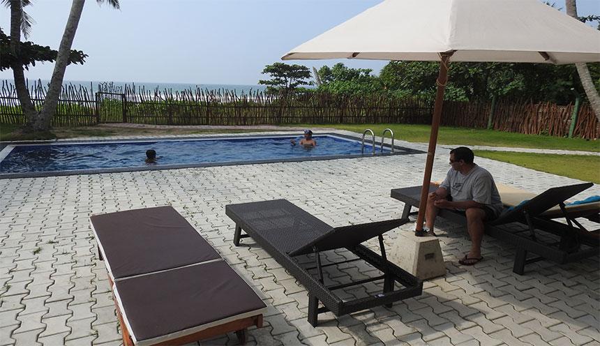 srilanka_beaches_south